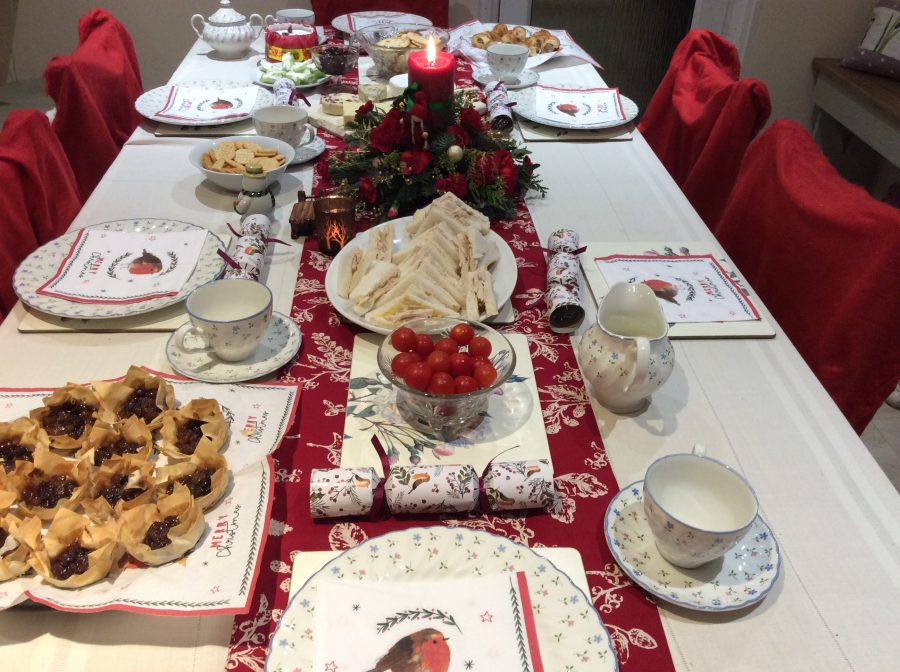Merry Christmas Table